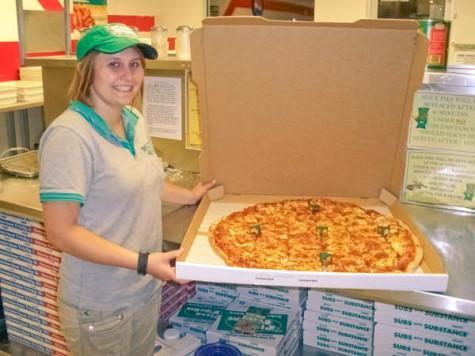 Pizza Pipeline delivers mondo pizza