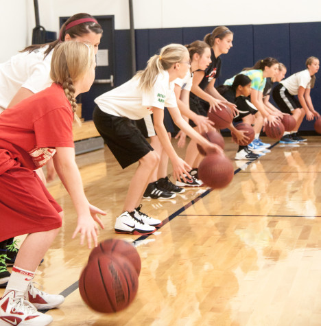Women's basketball team assists Walla Walla community girls