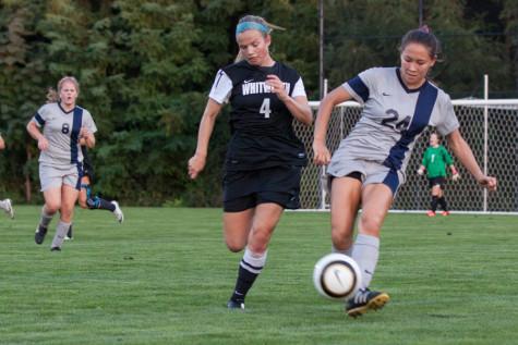 Women's Soccer Off to Hot Start