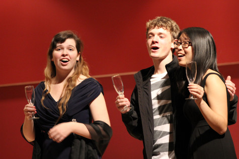 Student opera class showcases singing skills