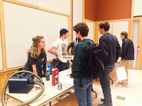 Majors Fair introduces fields of study