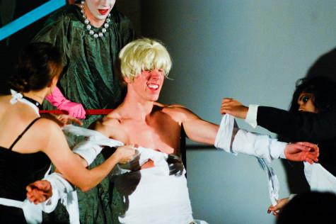 New 'Rocky Horror' production bends gender, theater conventions