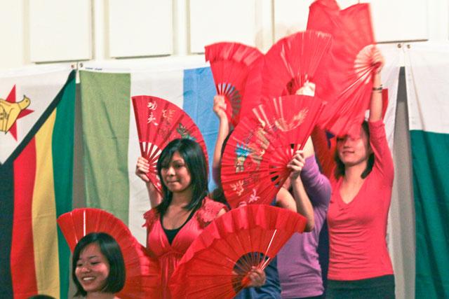 International students unite community for feasting, entertainment