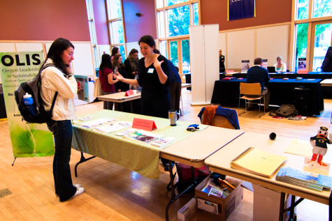 Whitties weigh options at grad school fair