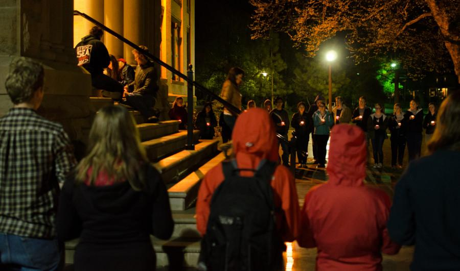 Students Gather for Candlelight Vigil, Honor Victims of Boston Marathon Blasts
