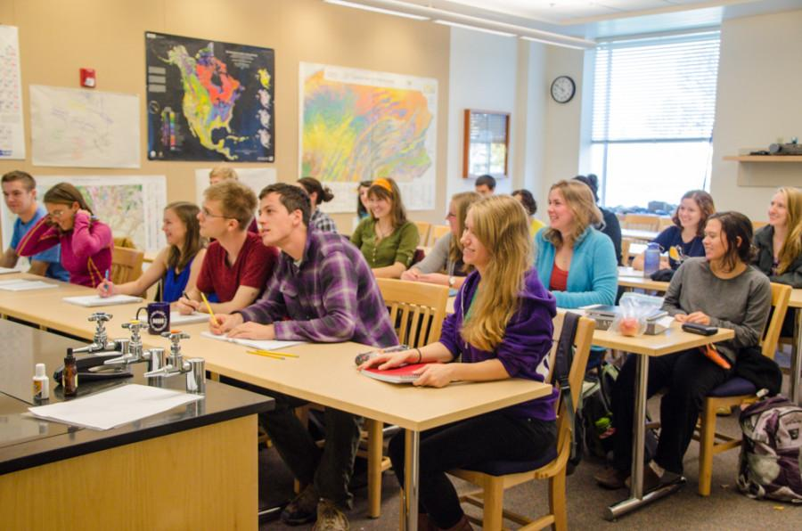 Rising in Number: Faculty Adjust to Swell in Number of Biology Majors