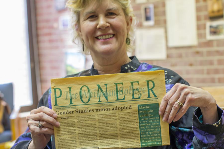 Roberta Davidson to Step Down as Whitman English Faculty Member