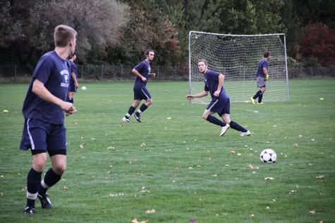 Men's soccer fights through adversity to end
