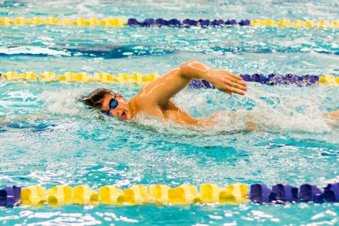 Men's swim sets sights on repeat title