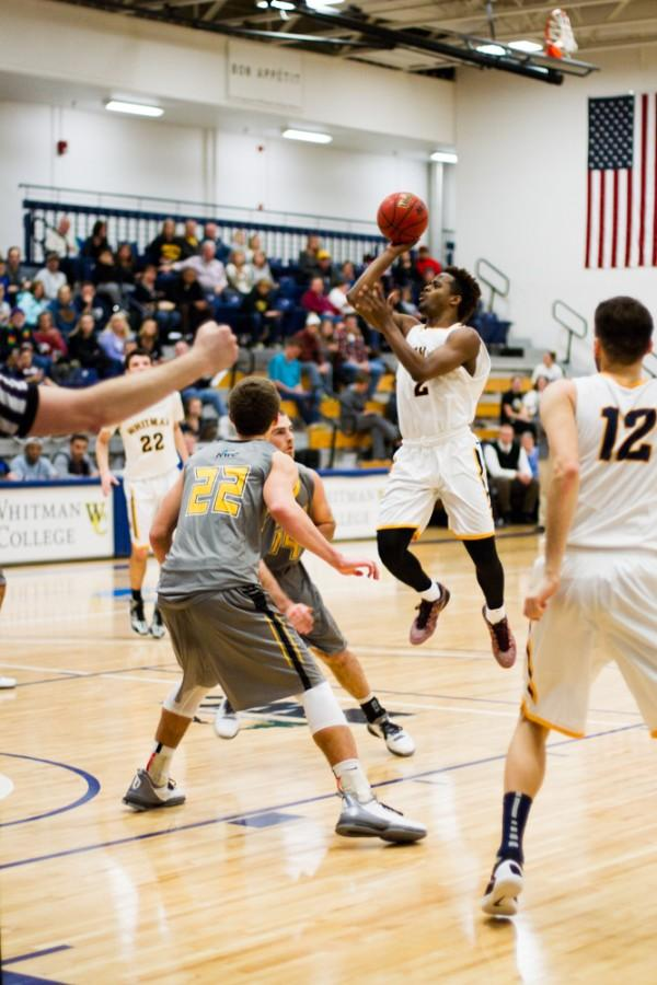 Montez White 19 pulls up for a floater! Photo by Natalie Mutter.