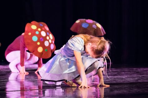 """The Adventures of Alice"" performed by Walla Walla Dance Company"