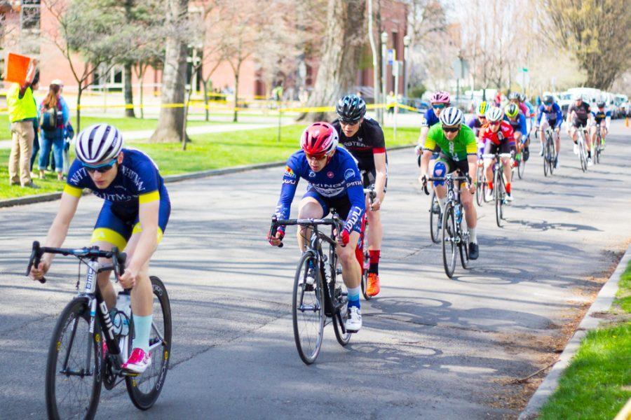 Cycling Hosts Omnium