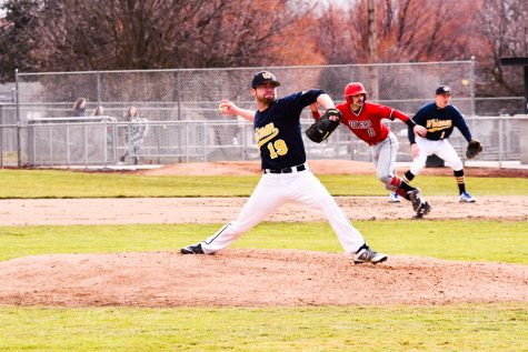 Baseball Seeking NWC Title