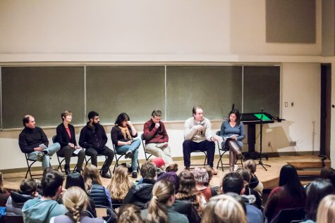 From left to right, Associate Professor of French Jack Iverson, Associate Professor of Geology Kirsten Nicolaysen, Marc Go  '20, Senior Ad- junct Professor of English Jenna Terry, Assistant Director of Academic Resources Janet Mallen, Associate Professor of Astronomy Nathaniel Paust and Erin Pahlke. Panelists discussed how their awareness of power and privilege in uenced their parenting decisions.