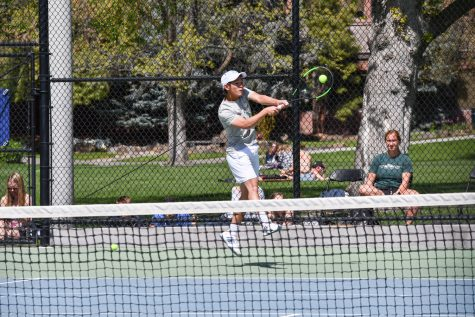 Men's Tennis Ties Consecutive NWC Titles Record