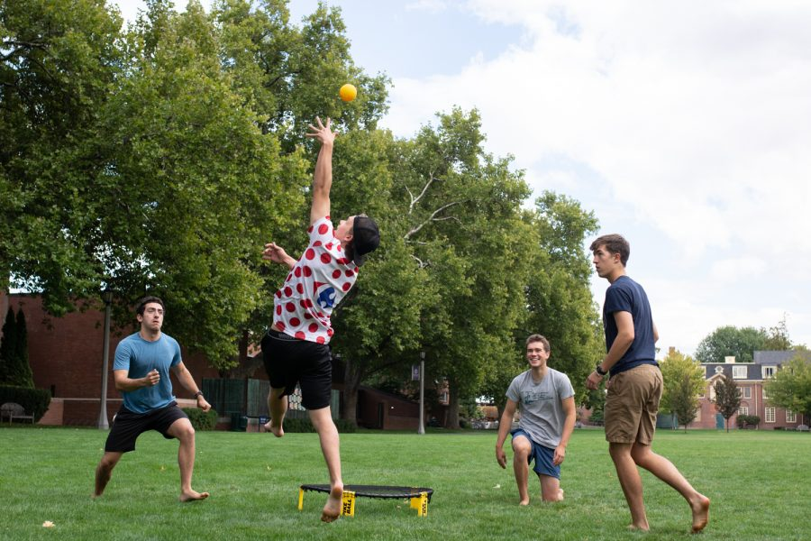 Juniors Alex Izbiky and Lucas Bergeson of Izbiklson face off against Sophmores Jake Klusmeier and Willie Klemmer of the Totally Toasted Taquitos in Division one intramural spikeball.