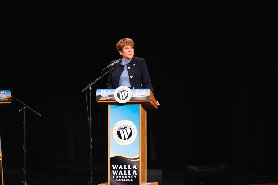 Lisa Brown emphasized the need for dramatic change in government for Eastern Washington.