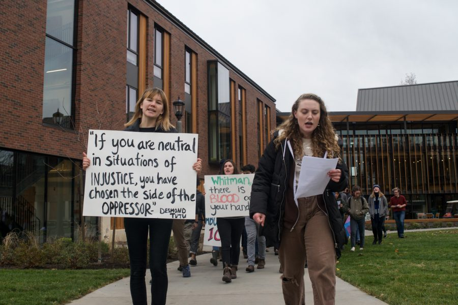 Students stage protest at Stanton Hall and Cleveland Commons while the Board of Trustees voted to divest from fossil fuels.