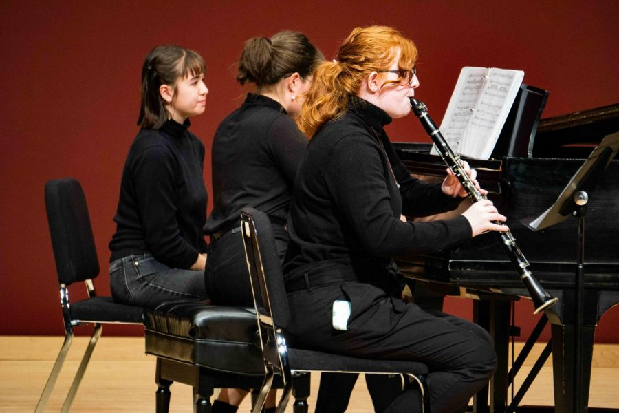 Sophomores Annika Cahill and Ash Wells perform student-composed work in the Spring Composers Concert. Photos by Amara Garibyan